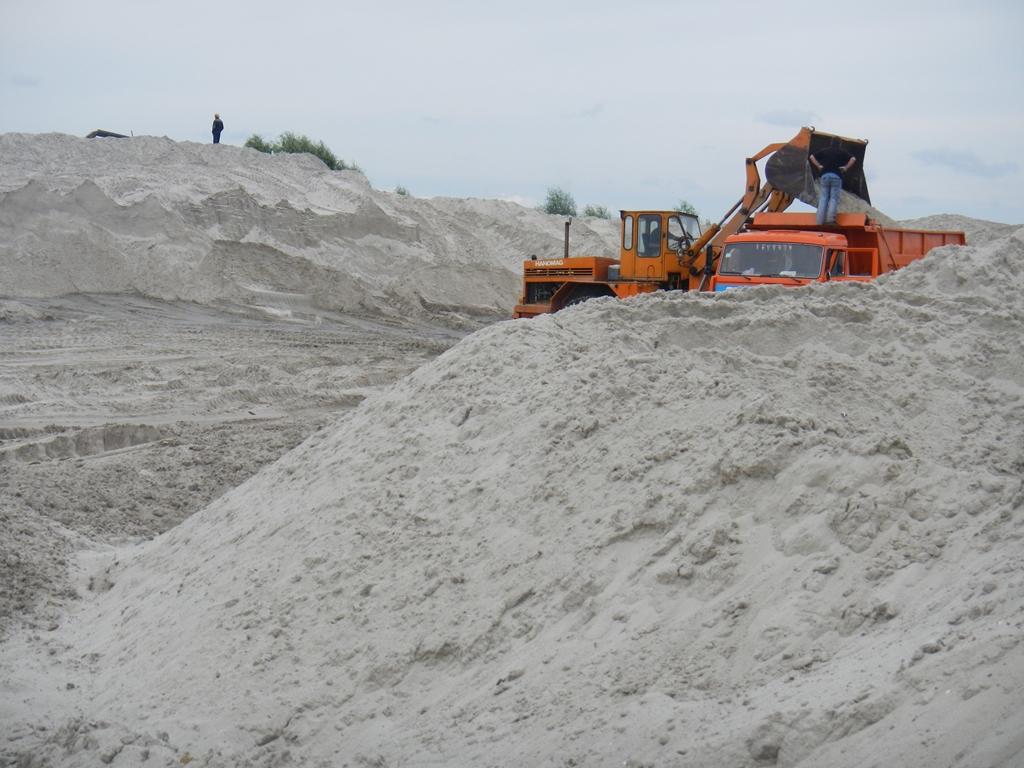 Песок речной с доставкой самосвалами